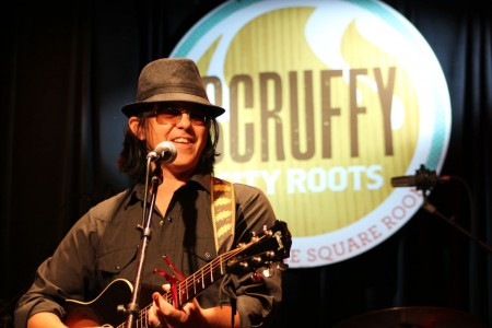 Mike Farris, Scruffy City Roots, Square Room, Knoxville, May 2012